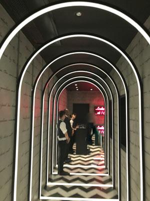 1oak-entrance
